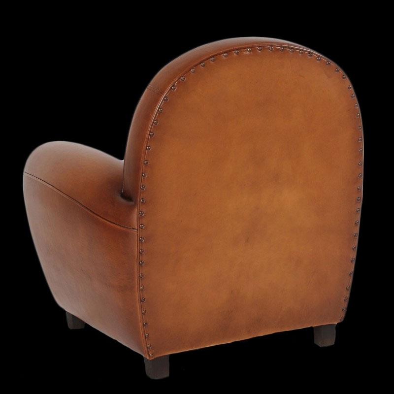 fauteuil club vue de dos en cuir de basane patiné et ciré main coloris miel clair
