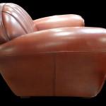 fauteuil-club-texas-vue-de-cote-en-cuir-de-basane-pleine-fleur-patine-et-cire-main