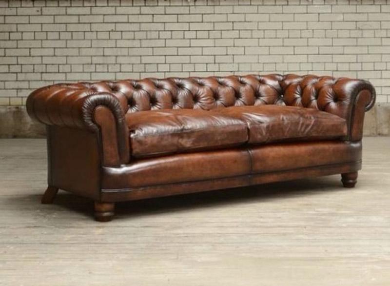 Canapé Anglais Chatsworth en cuir de vachette