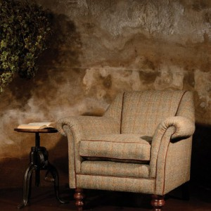 Fauteuil Dalmore en tissus 100 % laine tweed coloris heather