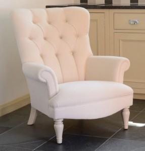 fauteuil-anglais-regent-en-tissu-pieds-laque-blanc