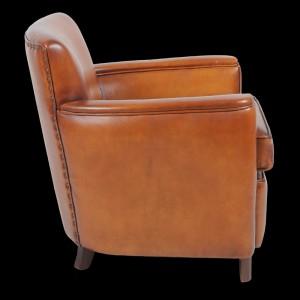 fauteuil-club-glastone-en-cuir-de-basane-pleine-fleur-patine-et-cire-main-2
