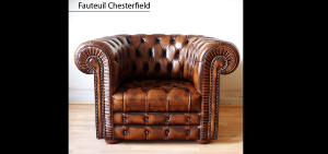 Fauteuil chesterfield marron patiné