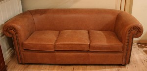 chesterfield-sans-capiton-assise-coussins