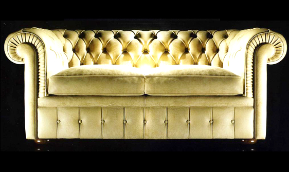 Canapé 2 place Chesterfield tissu assise coussin