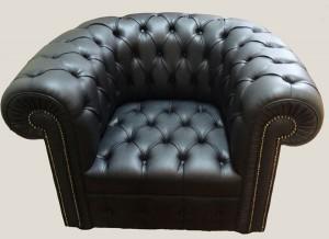 Soldes fauteuil chesterfield tout capitonné en cuir de vachette noir