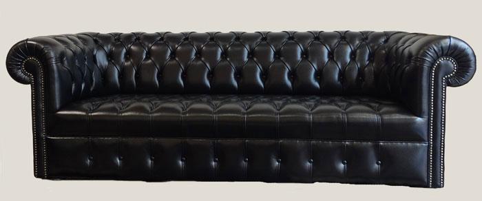 Canapé 3 places Chesterfield tout capitonné en cuir de vachette coloris noir