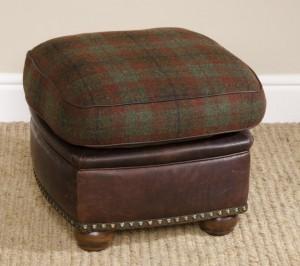 Pouf Anglais Montrose en cuir et tissus