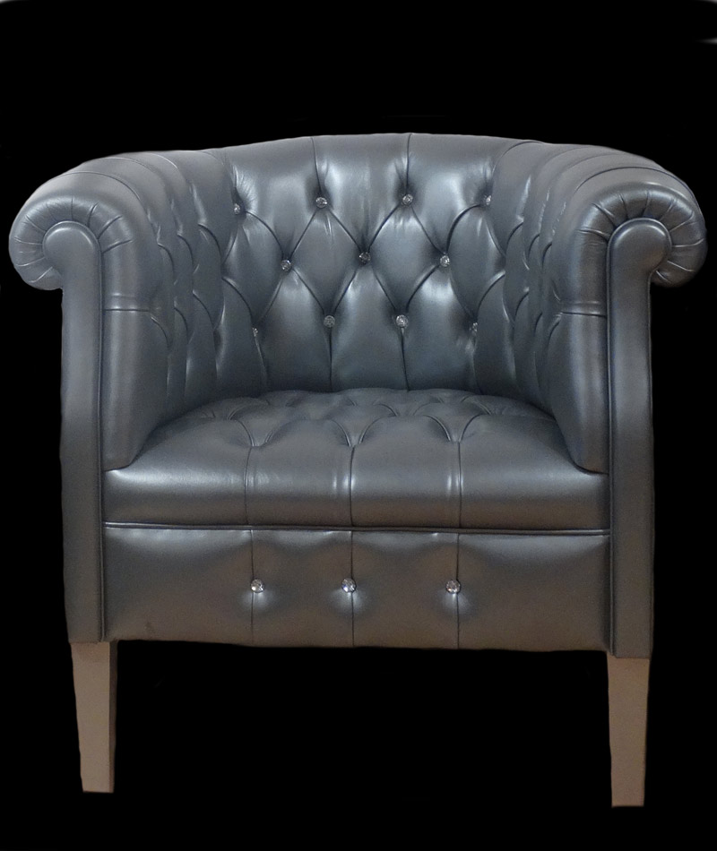 petit fauteuil chesterfield en cuir longfield 1880. Black Bedroom Furniture Sets. Home Design Ideas
