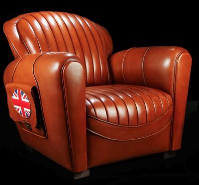 Fauteuil club Bentley en cuir de basane pleine fleur patiné et ciré main coloris miel foncé